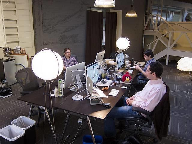 インスタグラム 創業者 プログラミング